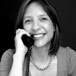 Ingrid López - Especialista en Periodismo y Marketing-